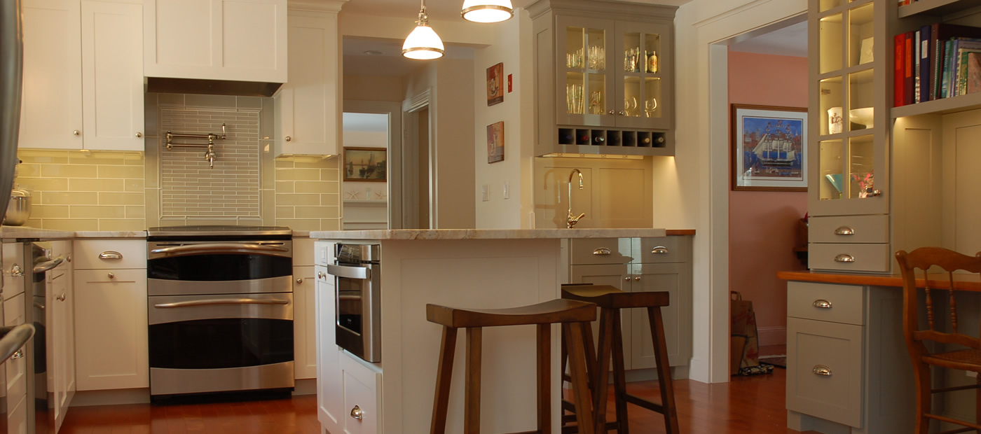 """Click On This Image To Learn More <p class=""""alignright"""">Compact Kitchen with Office</p>"""